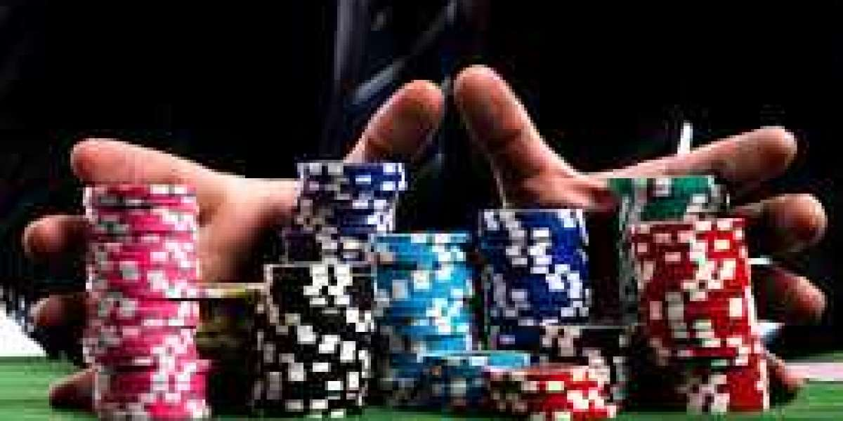 Gunakan Sumber Kualitas Untuk Mendapatkan Informasi Tentang Poker Online Qq